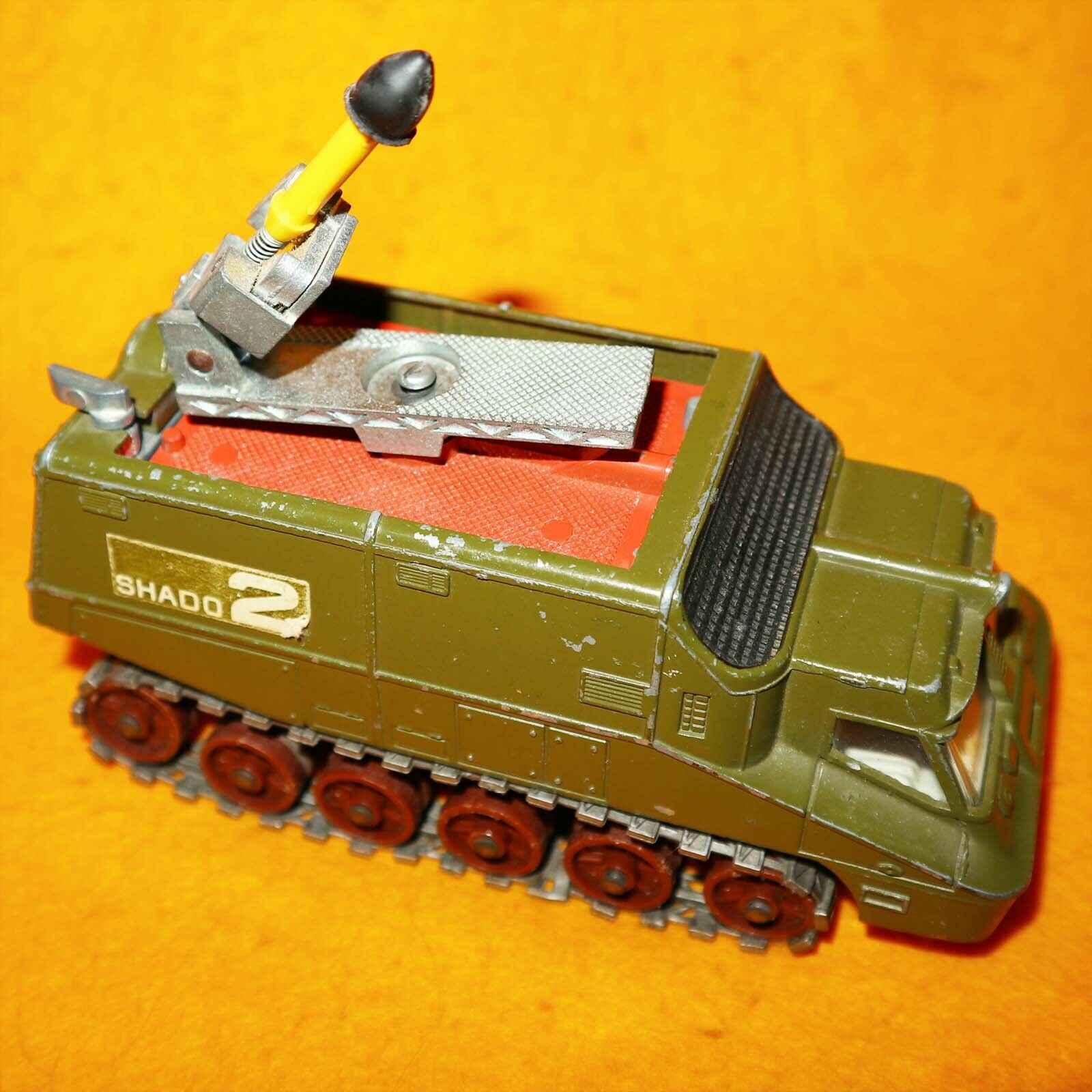 Jahr 70s DINKY SpielzeugS 353 UFO SHADO 2 MOBILE SPACE VEHICLE COMPLETE BOXED RARE