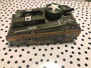 Vintage-Marx-Tin-Litho-Windup-5A-Doughboy-Sparkling-10-Tank