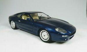 Guiloy-1-18-scale-Diecast-Aston-Martin-DB7-Dark-blue