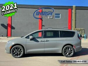 2021 Chrysler Pacifica Touring-L AWD