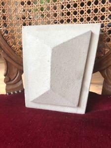 Stucco-klassischer-kleiner-Mittelstein-132-3073B-aus-Beton-fuer-Fenster-Tuer