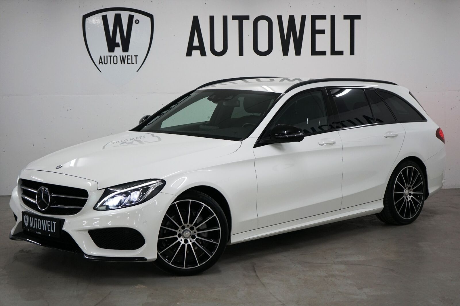 Mercedes C220 d 2,2 AMG Line stc. aut. 5d - 349.700 kr.