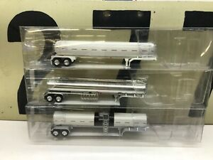 HO-Scale-1-87-Hot-Oil-Petroleum-and-Propane-Tankers-Lot-of-3-RTR-New