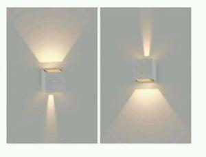 Applique led da parete segnapassi a muro quadrato bianco caldo