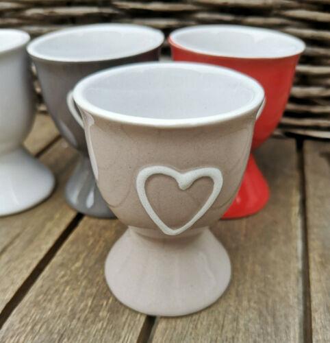 4 x Eierbecher mit Herz Keramik Landhaus Beige Weiß Grau Rot Herzchen Liebe