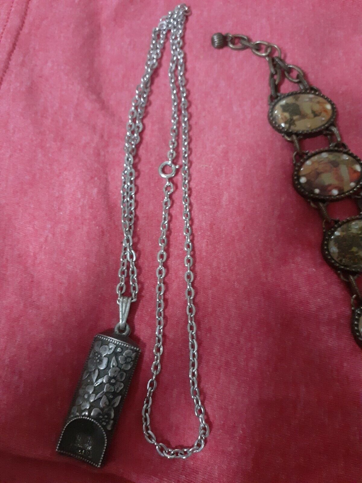 Cameo Pendant Elegant Necklace Victorian Necklace Victorian Cameo D4 Victorian Style Necklace 26 Inch Avon Necklace Cameo Necklace