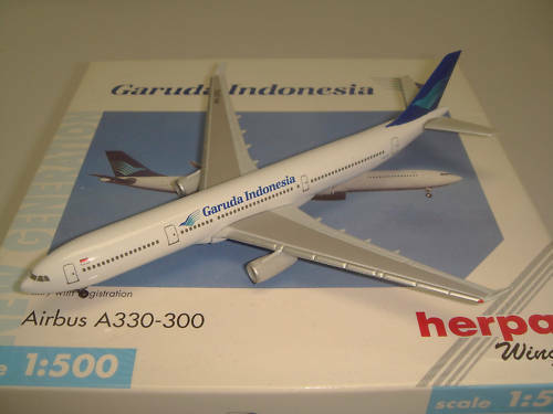 Herpa Wings 500 Garuda Indonesia GA A330-300  1990s color  NG 1 500