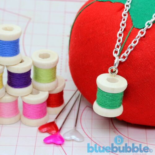 Bluebubble Sew Sweet Bobina Cotton Reel Collar Lindo Coser Hobby Art Craft Divertido