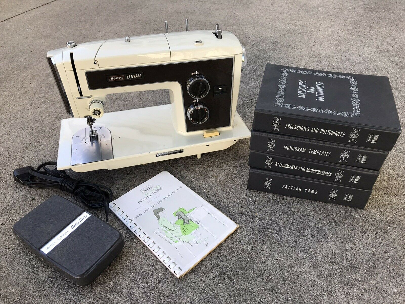 s l1600 - SEARS KENMORE Sewing Machine 1803 w/ Monogramer Cams Extras 1.2 Amp EXCELLENT