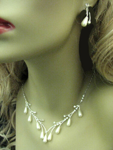Gift Boxed Bridal Silver Ptd Crystal Faux White Rice Pearl Vine Necklace Set