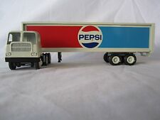 "RARE Winross 1977 ""Pepsi"" White 5000 tandem axle Cargo Truck"