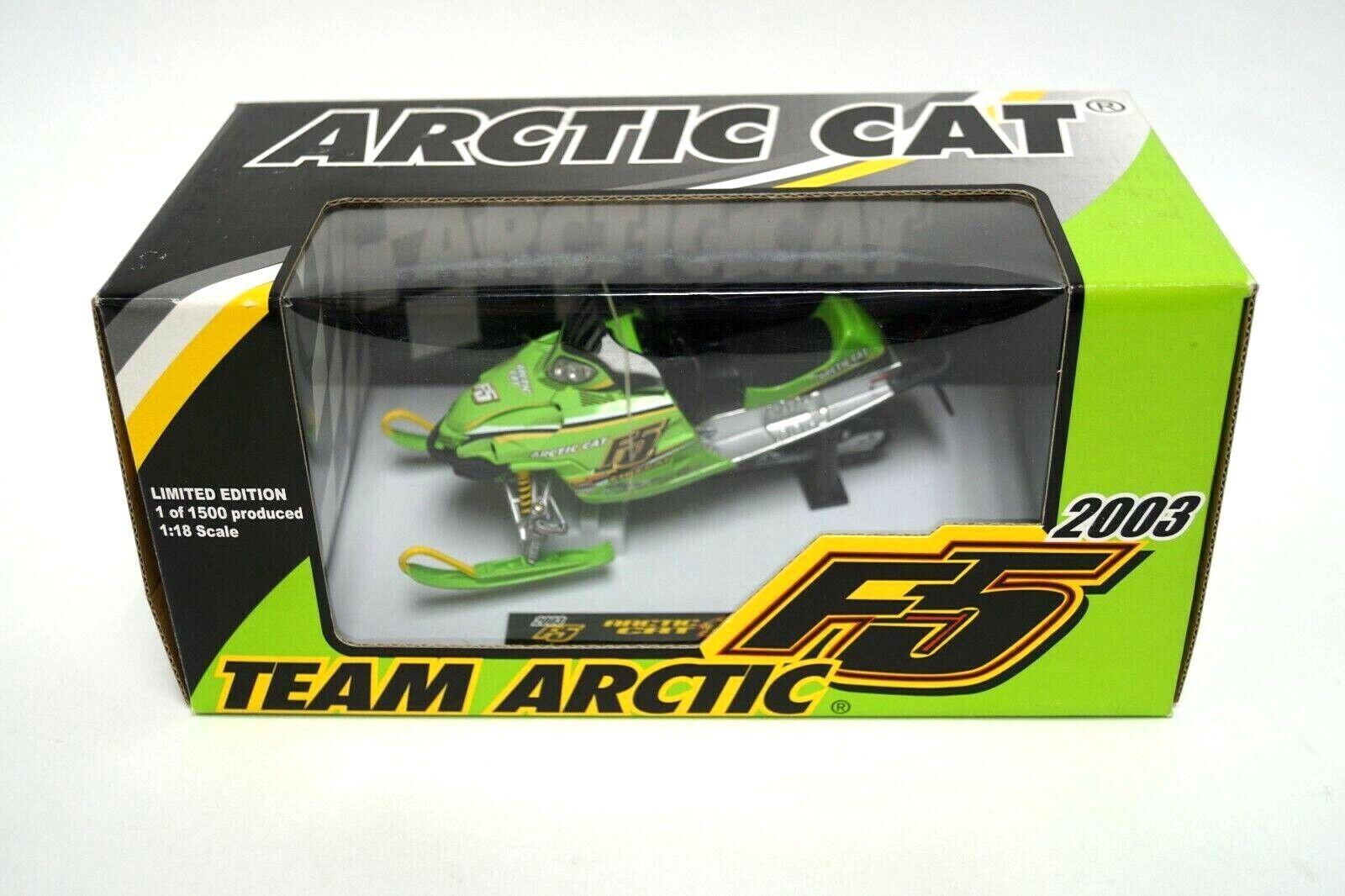 2003 Arctic Cat F5 Firecat Motoneige DIE CAST 1 18 Scale Model Toy 4239-100