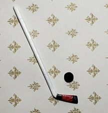 dollhouse miniature IM65118 plastic 1//12 scale sports Hockey Stick /& Puck