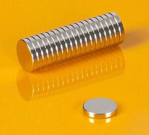 20-starke-Neodym-Magnete-6-x-1-mm-runde-Scheiben-N52-6x1mm