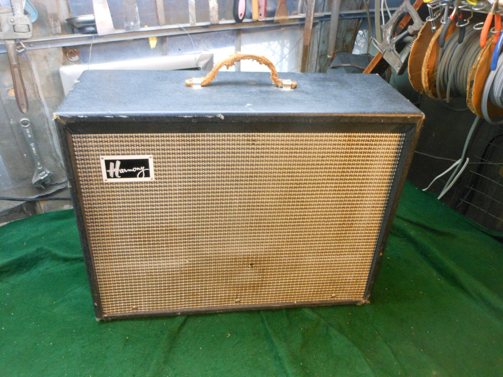 Vintage 1960's Harmony H-306 A Combo Electric Guitar Amplifier 1x12  Jensen Nice