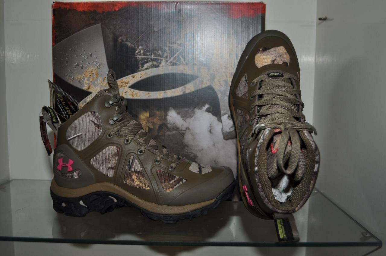 Under Armour Womens Speed Freek Chaos Boot 1241637-946 See Sizes New With Box