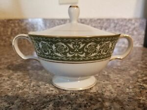 Vintage-Bristol-Spanish-Scroll-Green-White-Gold-Sugar-Bowl