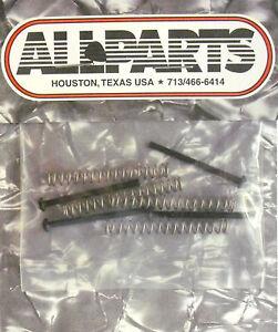 4 Vis Pour Allparts Humbucker, 30mm U.s.-filetage Noir Avec Plumes Marchandises De Haute Qualité