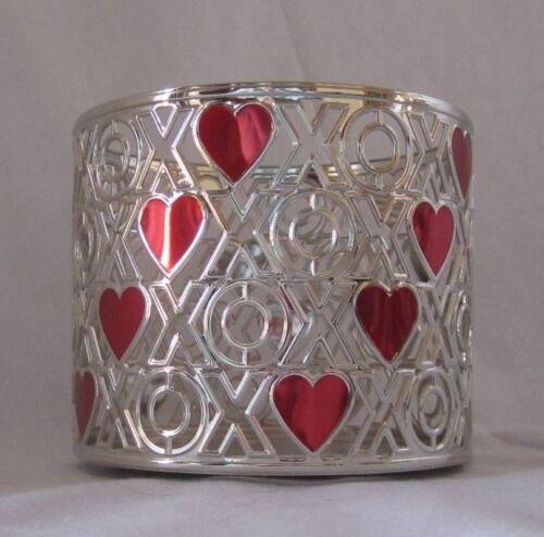 Bath /& Body Works 3-Wick 14.5 oz Candle Sleeve Holder XOXO ENAMEL HEARTS New