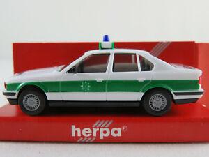 Herpa-4112-bmw-525i-Limousine-1987-1992-034-policia-Baviera-034-1-87-h0-nuevo-en-el-embalaje
