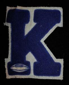 VINTAGE-1960-039-S-1970-039-S-SCHOOL-FOOTBALL-BLUE-AND-WHITE-PATCH-5-034-X-6-034