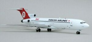 Inflight-IF7220713-Turkish-Airlines-Boeing-727-200-TC-JCA-Diecast-1-200-Model
