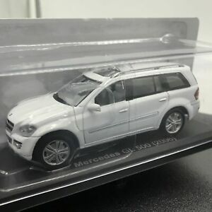 IXO-Mercedes-Lanterna-Verde-500-2006-1-43-SCALA-box-auto-mini-display-Diecast-VOL-278