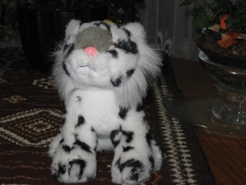 German Linda Nurnberg Snow Leopard Cub Plush
