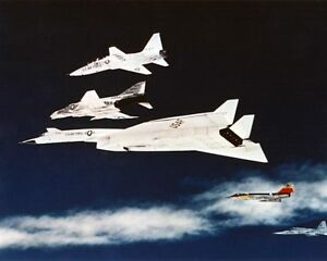 XB-70-VALKYRIE-AIRCRAFT-FORMATION-IN-FLIGHT-8x10-SILVER-HALIDE-PHOTO-PRINT