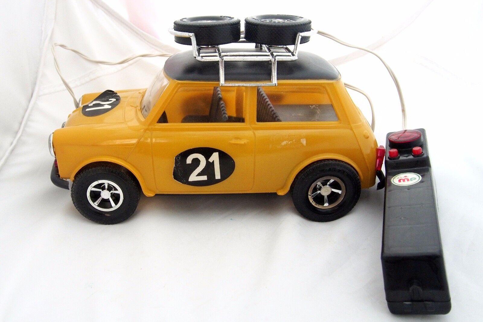 Mycket sällsynt årgång Grekland Grekiska Mini Cooper leksak bil Wiröd R  C 70s ARBETE