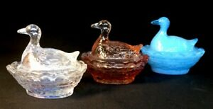 Boyd-Art-Glass-Set-Of-Three-Covered-Duck-Salts-Made-In-USA