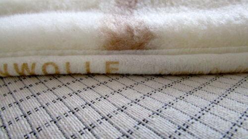 Tagesdecke mit Karbonfasern 220x200 cm Wolldecke Oberbett