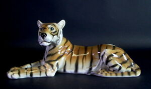 Goldscheider-Wien-Austria-grosser-liegender-Tiger-40cm
