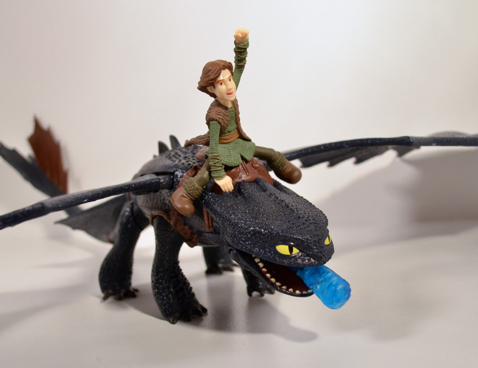 Light-Up & Sound Toothless & Hiccup 25  Action Figure How To Train Your Dragon