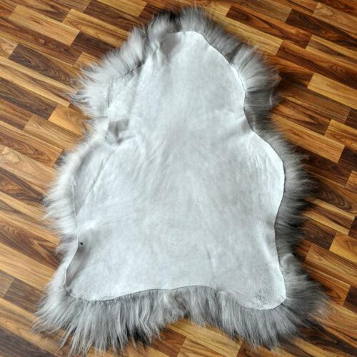 Island Schaffell Lammfell Fell grau schwarz geflammt 110-120 x 60-70cm Present