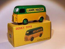 Rare Fourgon Tolé D3A lampe MAZDA - ref 25 B au 1/43 de dinky toys atlas