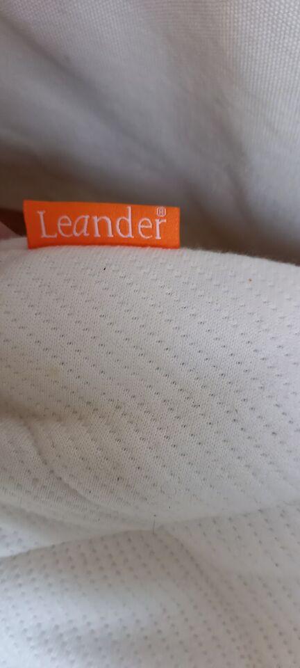 Vugge, Vugge Leander , b: 84 l: 50