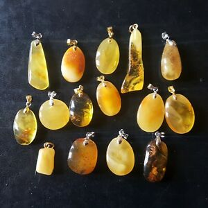 15-Genuine-Baltic-Amber-Stones-15-Pendants-Yellow