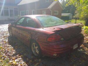 2002 Pontiac Grand-Am SE1