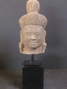 Antique-Tete-Khmer-en-Gres-du-CAMBODGE