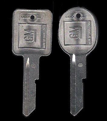 Briggs /& Stratton Camaro 1968 1972 76 1980 B50 B51 GM Key Blank set knockout