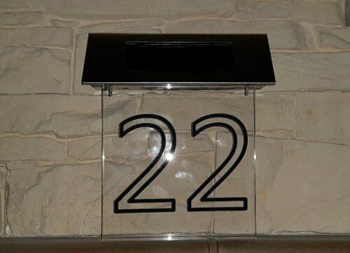 Led Hausnummer gefertigt nach Kundenwunsch mit Solar