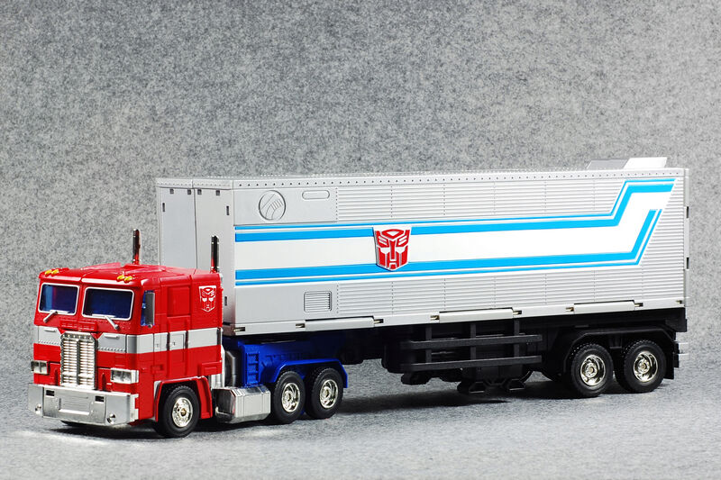 Hasbro Transformers Masterpiece MP-10 MP10 OPTIMUS PRIME Figure In Box
