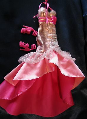 BARBIE CLOTHING LOT EVENING GOWN with MATCHING SHOES FOR YOUR BARBIE...PRETTY!
