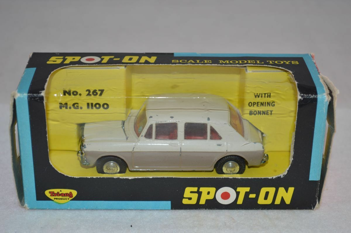 Spot-on Spoton Tri-ang 267 M.G. 1100 excellent in box