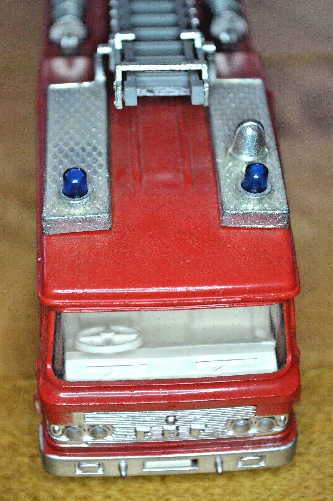 Vintage Dinky No 266 ERF ERF ERF Fire Tender in Original Box 32d9ea