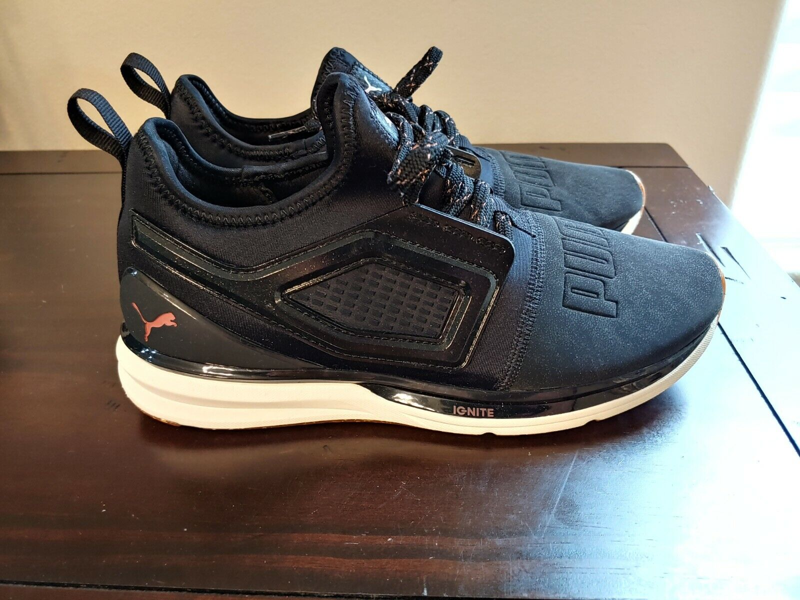 PUMA LIMITLESS 2 CRAFTED WOMEN SIZE 9