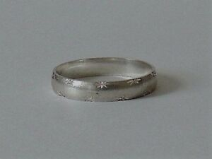 925 STERLING SILVER BAND RING size X1//2