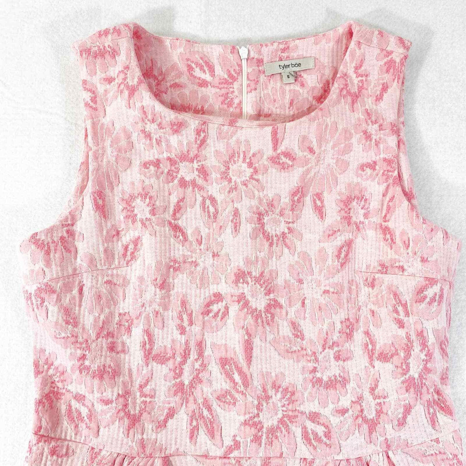 Tyler Boe Dress Small Womens Mini Pink Floral Kni… - image 3