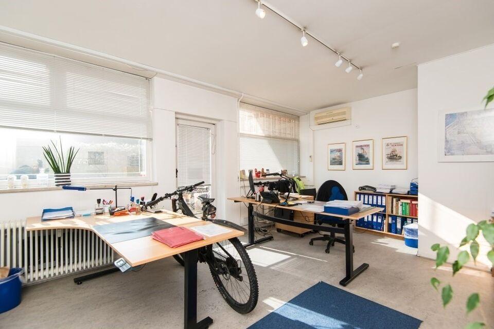 2000 butik, etageareal kvm. 527 Peter Bangsvej 33